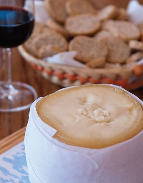 """Manteiga de queijo <strong>Serra da estrela</strong> , um tratamento exclusivo Terrinha"""" class=""""lazyload"""" data-pin-nopin=""""true""""/></div> <p class="""
