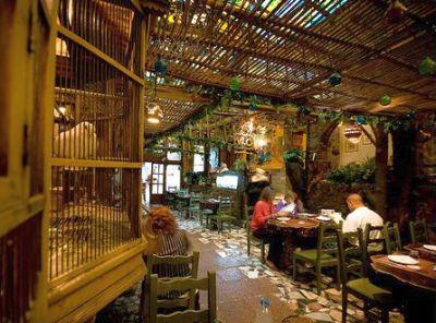 Voce conseguira comer no Cairo em um dia